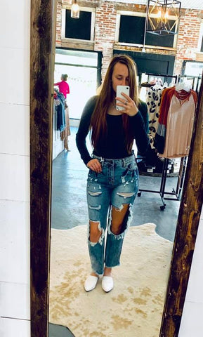 Destroyed Boyfriend Fit Jeans