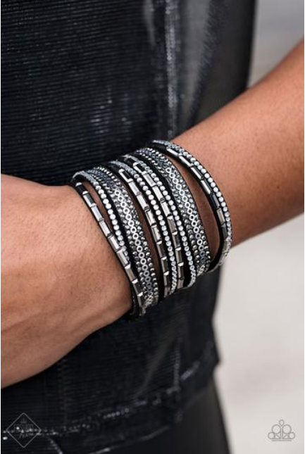 A Wait-and-SEQUIN Attitude-Black Bracelet