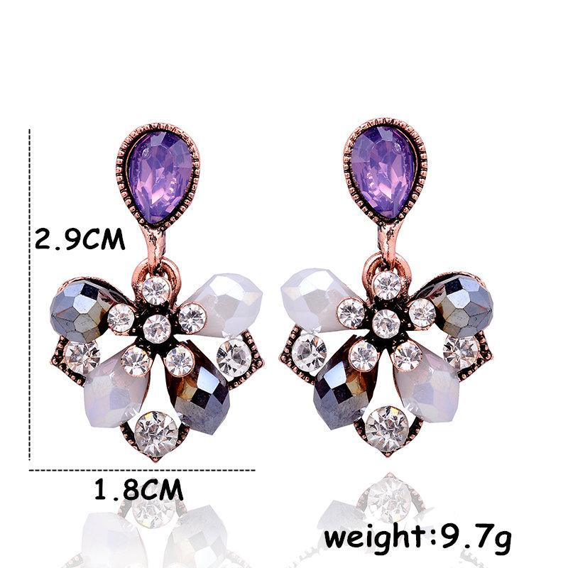 Petals Stud Earrings Specs