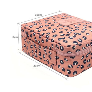 Waterproof Cosmetic Bag Specs