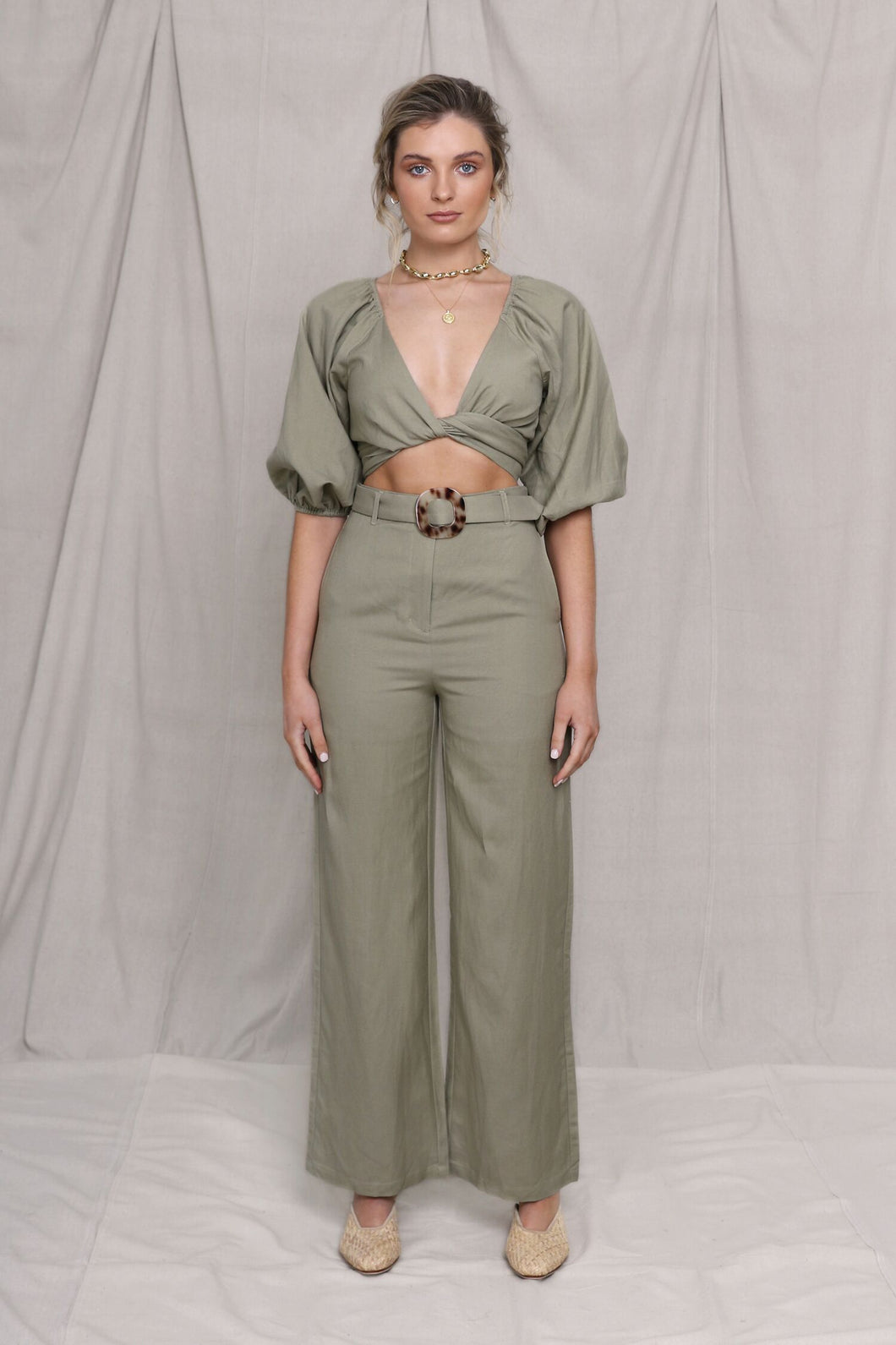 Carter Crop Khaki Top Madison the Label