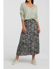 Load image into Gallery viewer, Midi A line skirt Yaya the Brand
