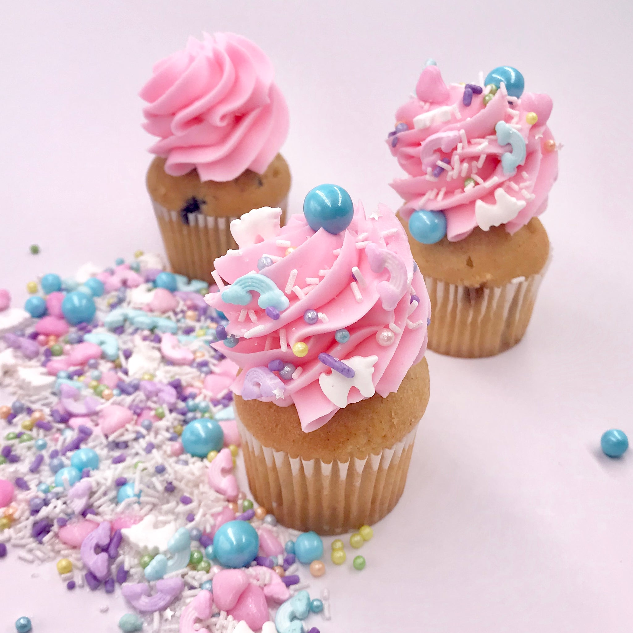 Sprinkles | Giggle Clop Unicorn and Rainbows Sprinkles Mix |  | Edible Decorations  |