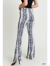 Load image into Gallery viewer, Snake Skin High Waisted Leggings