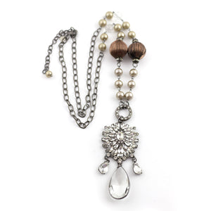 vintage look crystal pendant necklace
