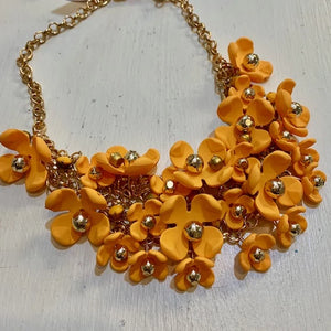 acrylic flower bib necklace