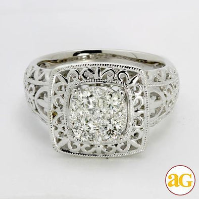 14KW 0.65CTW DIAMOND CLUSTER RING