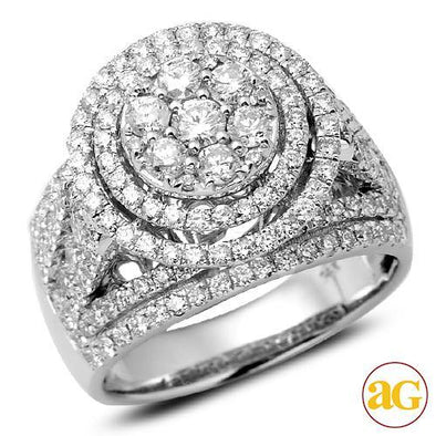 14KW 2.50CTW DIAMOND ROUND CLUSTER RING WITH