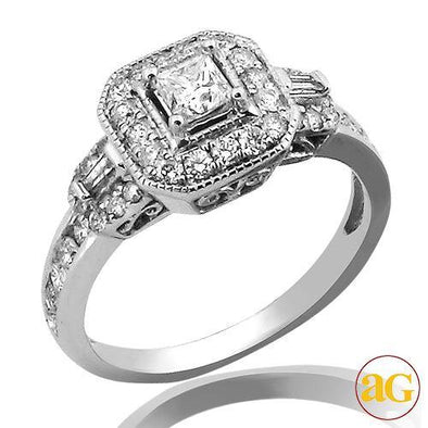14KW 1.00CTW DIAMOND FANCY RING [0.33CT PC CTR]