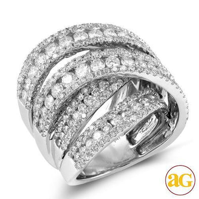 14KW 4.75CTW FANCY DIAMOND RING
