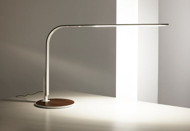 Lim 360 Table Lamp, [Molecule Design]