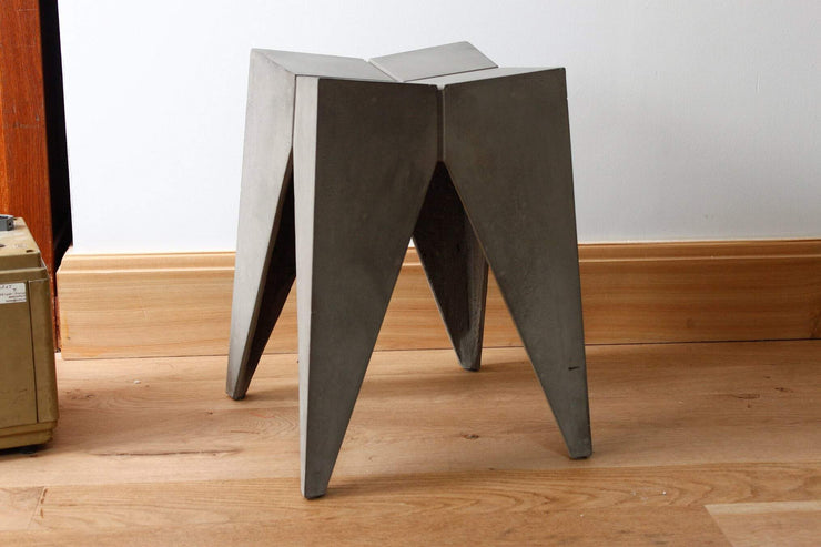 Singleton -Bridge Stool, [Molecule Design]