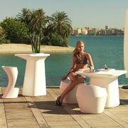 Moma Bar Stool - Molecule Design-Online