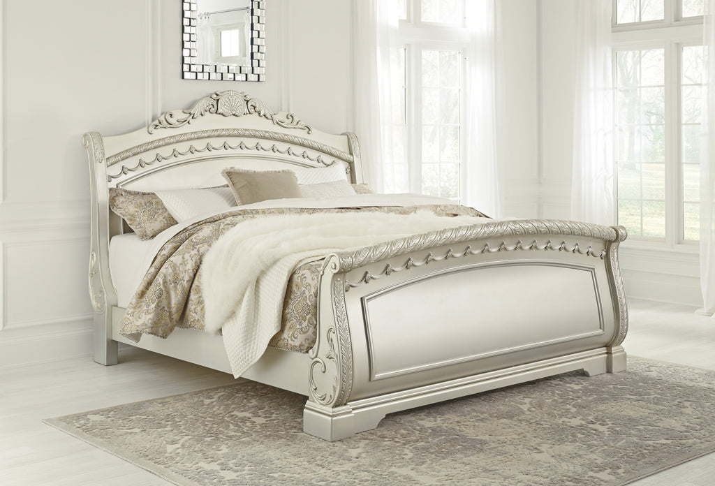 Ashley Bed No, Thank you / No, Thank you Ashley Cassimore Pearl Silver Sleigh  Bed (Queen, King)