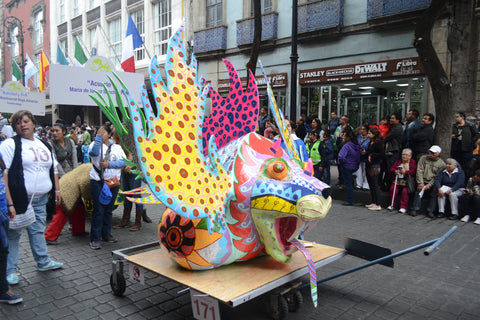 Alebrije géant tradition mexicaine artisanat