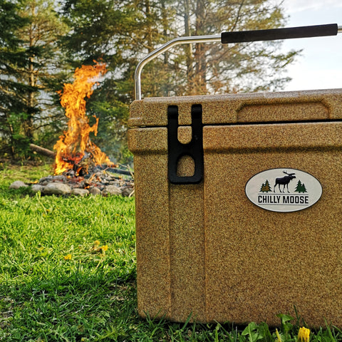 25L Granite Chilly Ice Box at a campfire