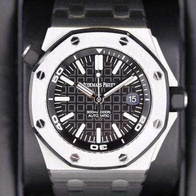 Audemars Piguet Royal Oak Offshore Diver 42mm 15710ST Black Dial Pre-Owned