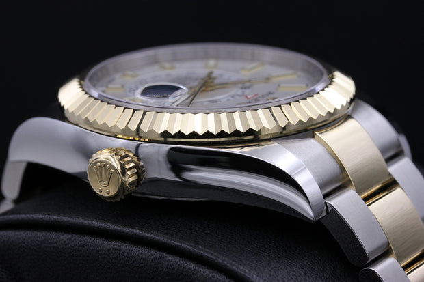 Rolex Sky-Dweller 42mm 326933 White Dial