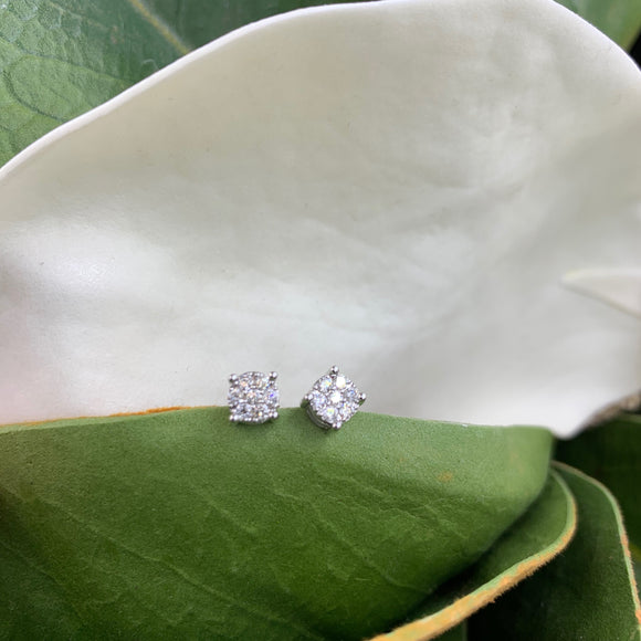 .25ct White Gold Diamond Stud Earrings