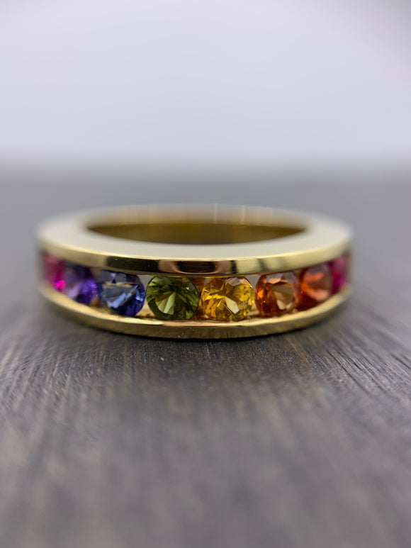 18kt Yellow Gold Rainbow Sapphire Band