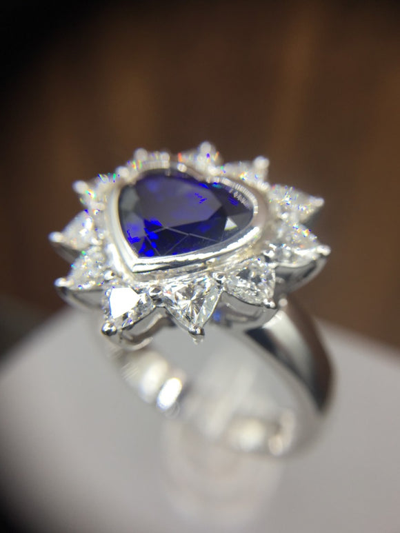 18K HEART SHAPED SAPPHIRE & DIAMOND RING