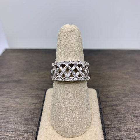 BAGUETTE DIAMOND WIDE BAND