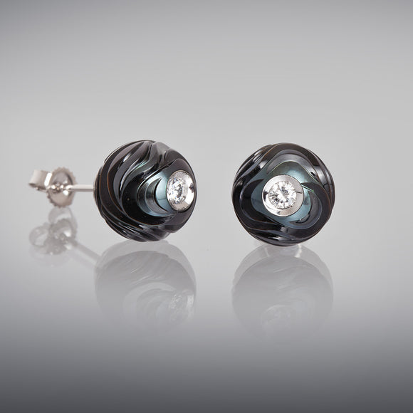 Galatea Diamond in a Pearl Earrings