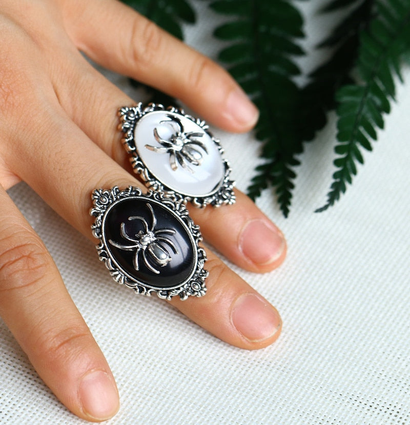 The Victorian Spider Ring  - Cradle Of Goth