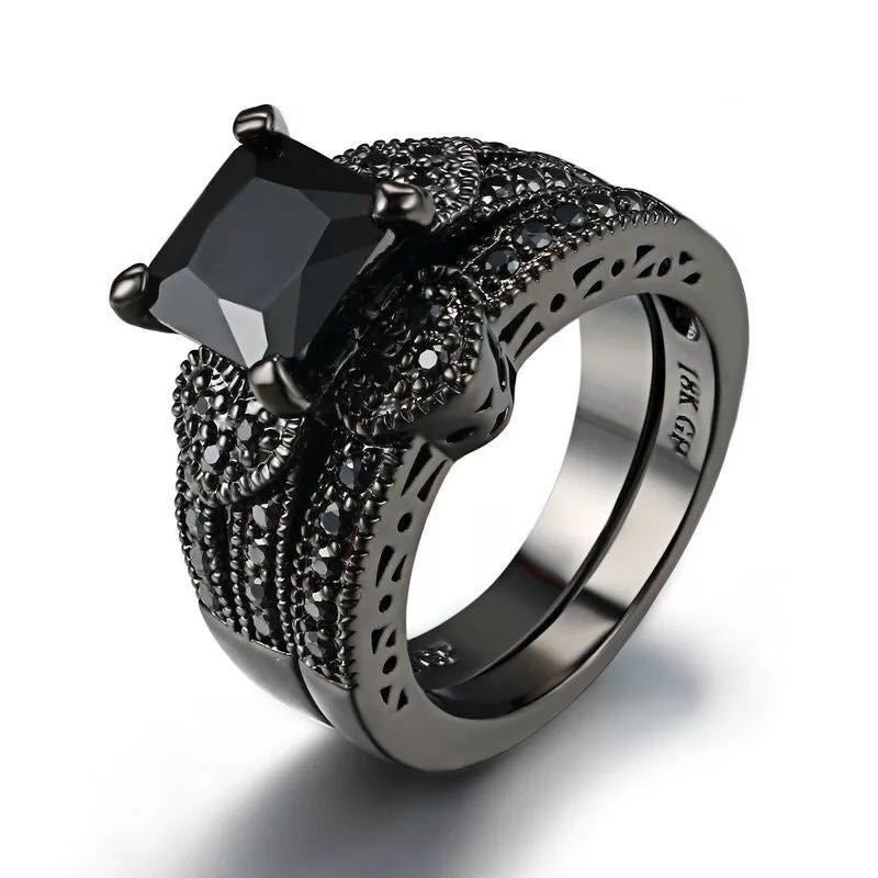 The Extravagant Goth Ring  - Cradle Of Goth