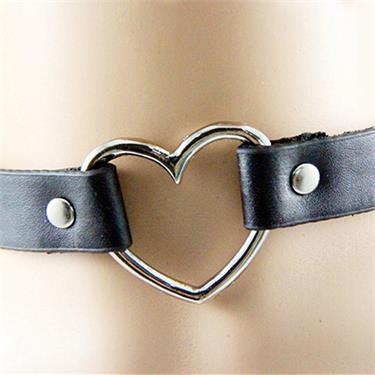 Heart-shaped Choker  - Cradle Of Goth