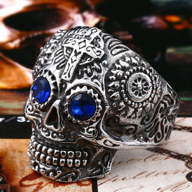 Kapala Skull Ring 11 / white with blue eye - Cradle Of Goth