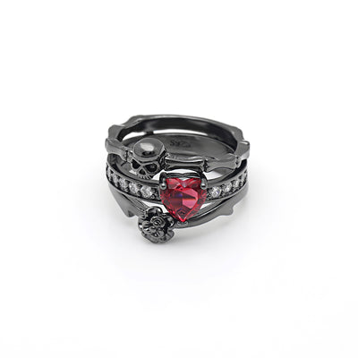 Skull Love Ring 10 / Black - Cradle Of Goth