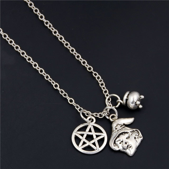 Spooky Charms E490 - Cradle Of Goth