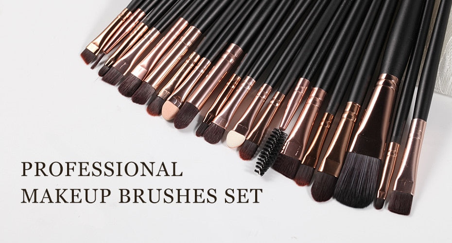 The Living Doll Brushes (20 pieces)  - Cradle Of Goth