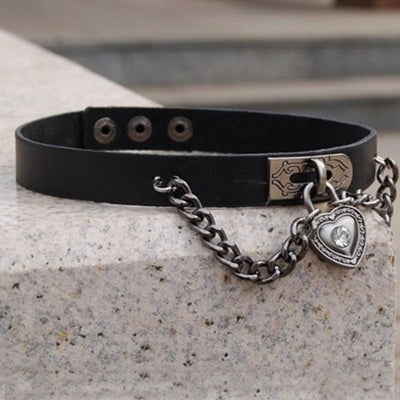 Heart on Strings Choker  - Cradle Of Goth