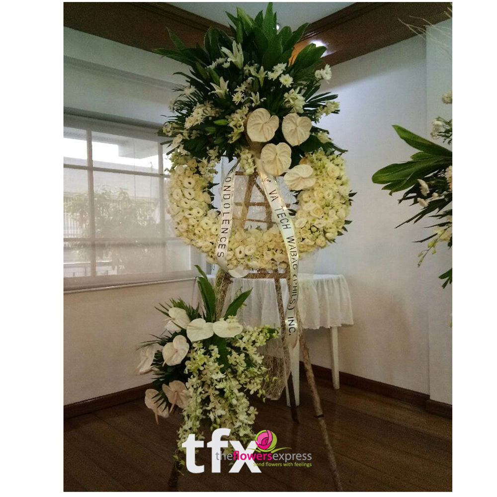 Infinity Love Flower Stand
