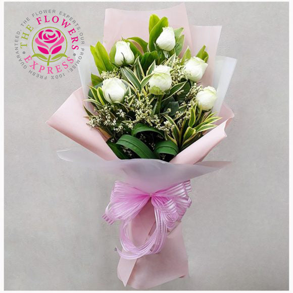 Cool White Flower Bouquet