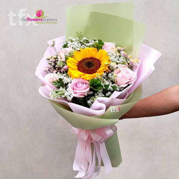 Le Amour Flower Bouquet