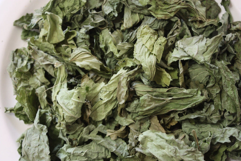 Plantain Dried Leaves - 1/2 Cut