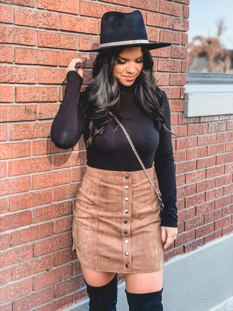 suede mini skirt boho outfit