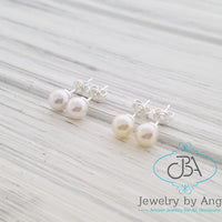 Little Girl Pearl Necklace, Pearl Stud Earrings, Flower Girl Pearl Necklace, Baby Christening Jewelry, Bridesmaid Pearl Necklace