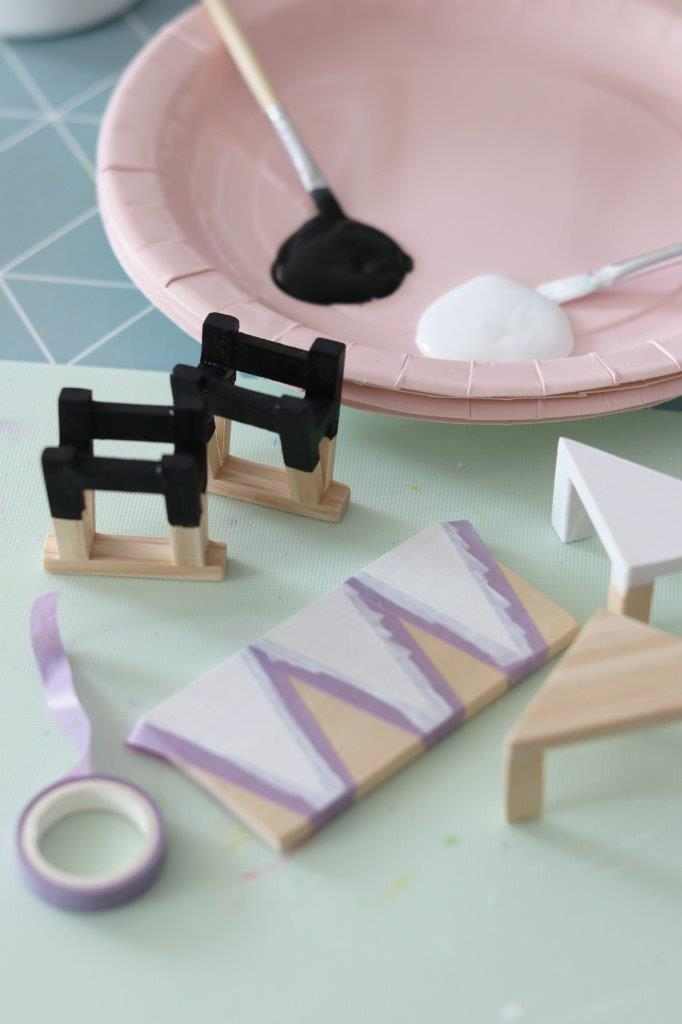 Lundby DIY Table and Chairs Set