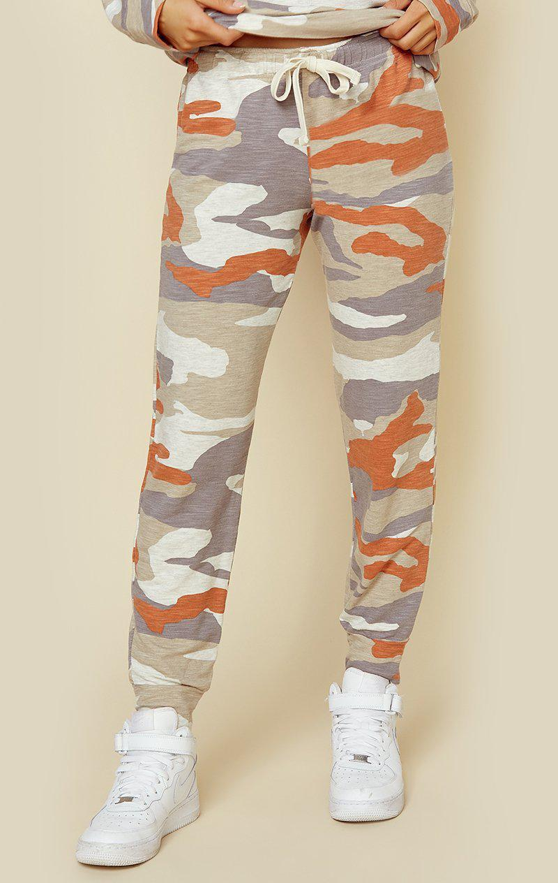 MONROW SUPERSOFT OVERSIZED CAMO GIRLFRIEND SWEATPANT - ELECTRIC CORAL CAMO