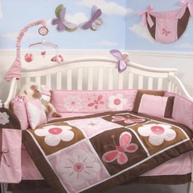 10- piece Nursery / Crib set