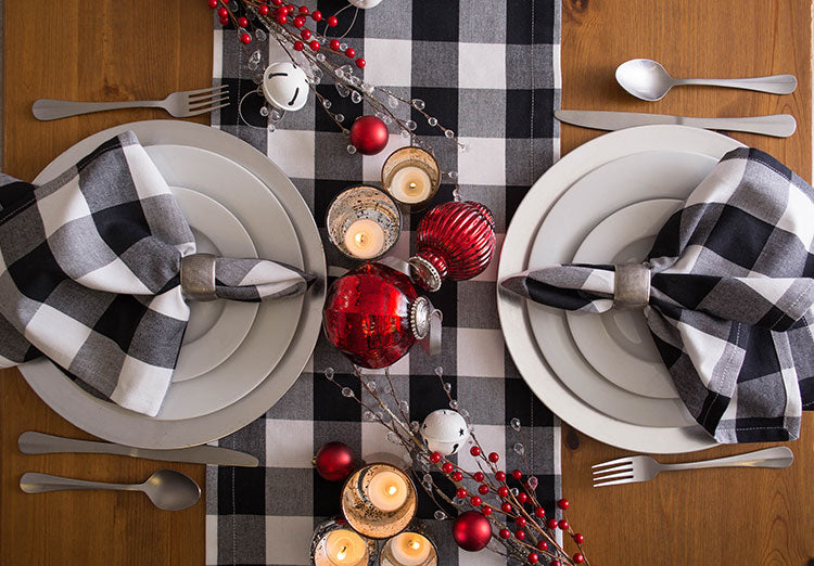 Farmhouse style table linens by Design Imports