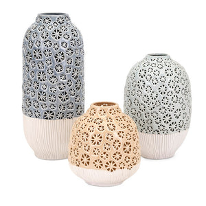 25705 Decor/Decorative Accents/Vases