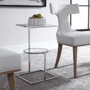24934 Decor/Furniture & Rugs/Accent Tables