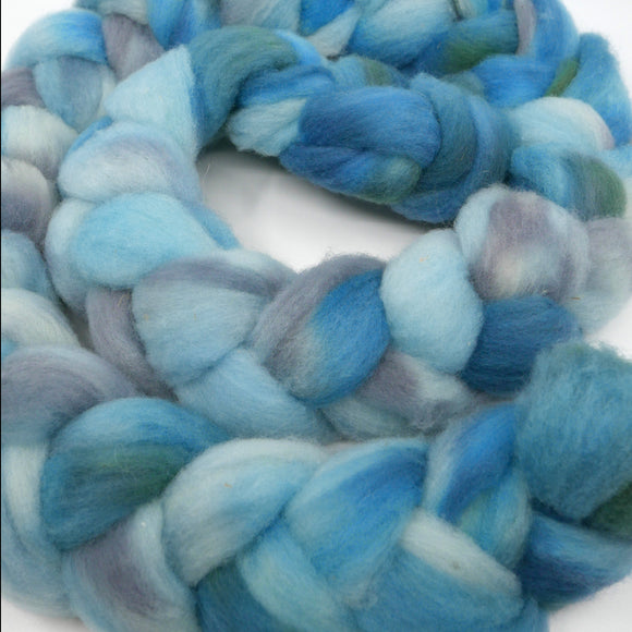 Montadale (Extra-Soft) Roving - 5.6oz/159g - Stormwaters