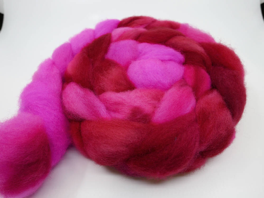 Romney Roving - 4oz/114g - Bleeding Heart