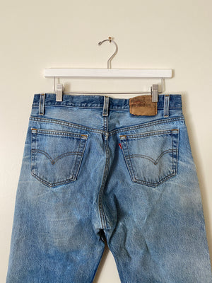 1990's Levi's 501 Whiskered Blue Jeans (33 x 32)
